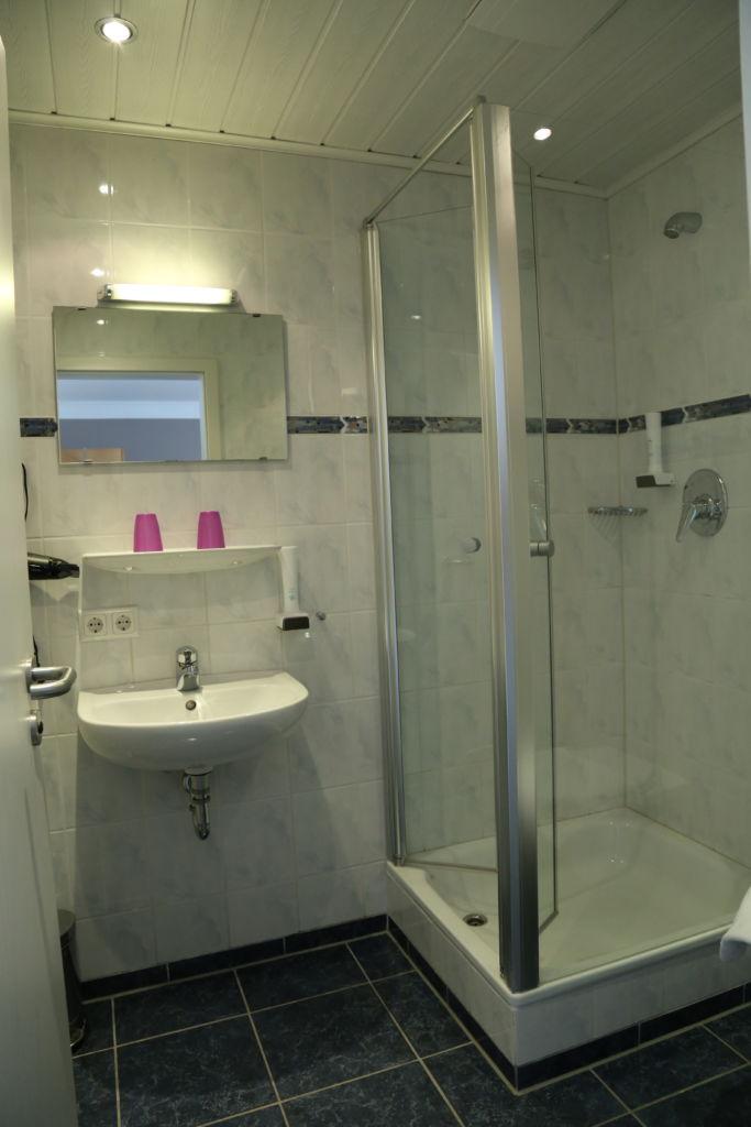 Zu Müllers, Langenmosen - Badezimmer im Hotel
